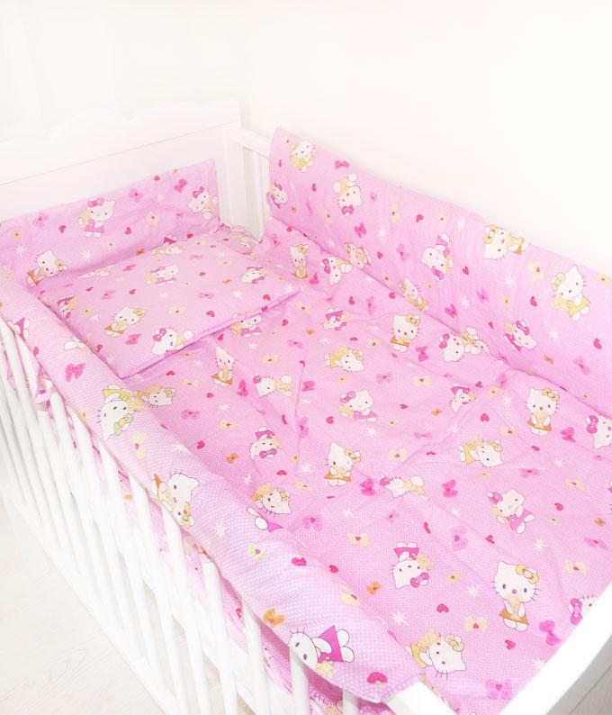cea mai bună vânzare cea mai bună atitudine magazin de vânzare Lenjerie de pat roz Hello Kitty cu aparatori COD LJN3 - bebic.ro