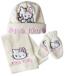 Set flausat Hello Kitty in cutie cadou